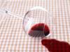 tâches de vin rouge